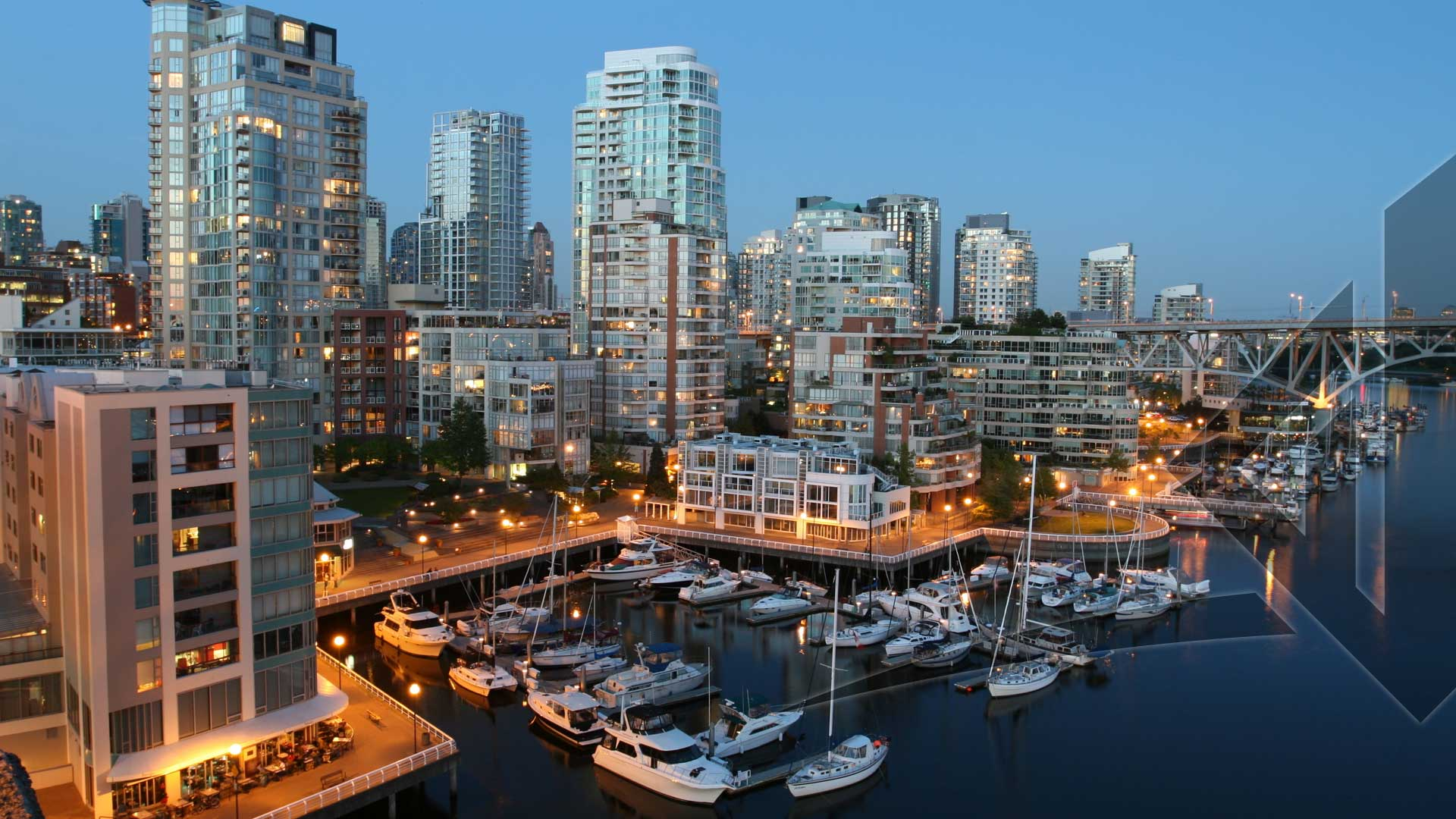 10 Tips for Making Your Vancouver Investment Condo Feel Larger